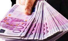 Euro e nis javën me rënie, BSH paralajmëroi se mund të ndërhyjë sërish, për të frenuar efektet sezonale