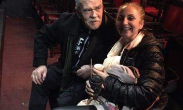 Marjana Kondi: Përtej llozhave, poltronave dhe perdes kadife, lëngon një teatër/  Kjo shton nevojën për një teatër të ri