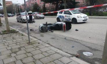E FUNDIT/ AKSIDENT në aksin Peqin-Elbasan, makina përplaset me motoçikletën dhe...