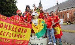 SPEKTAKOLARE/ Tifozët e Spanjës zbukurojnë dhe ndriçojnë Rusinë