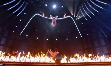 """""""America Got Talent"""", perfomanca e çiftit të transgjinorëve tmerron publikun dhe jurinë (VIDEO)"""