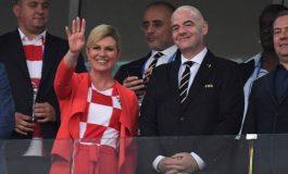 Presidentja e Kroacisë: Do t'i dhuroj edhe Macron fanellën e kampionëve të botës