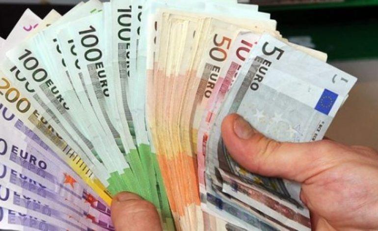 Emigracioni, ja sa milonë euro u sollën në katër muaj nga diaspora
