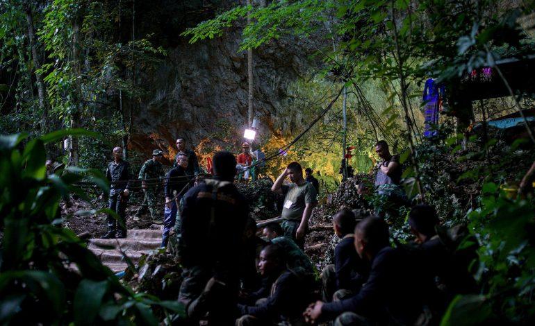 OPERACIONI/ Pa shtetësi dhe në skamje. Jeta e vështirë e djemve të shpëtuar nga shpella në Tajlandë
