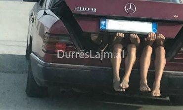 SI UDHËTOJNË DURRSAKËT/ Brenda në bagazh me... (FOTO)