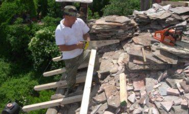 SEZONI TURISTIK/ Restaurimi i banesave karakteristike në Gjirokastër, trendi i kohës për qytetin e gurtë