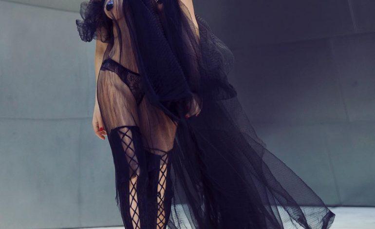 ÇFARË PO NDODH? Bleona Qerreti nuk i ndahet ish-të dashurit të Era Istrefi (FOTO)