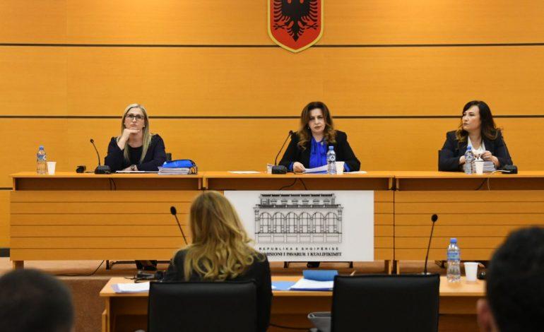 U PËRBALL ME DEKLARIMIN E PASURISË NDËR VITE/ Prokurori i Apelit të Vlorës, Kleanth Zeka kalon vetingun