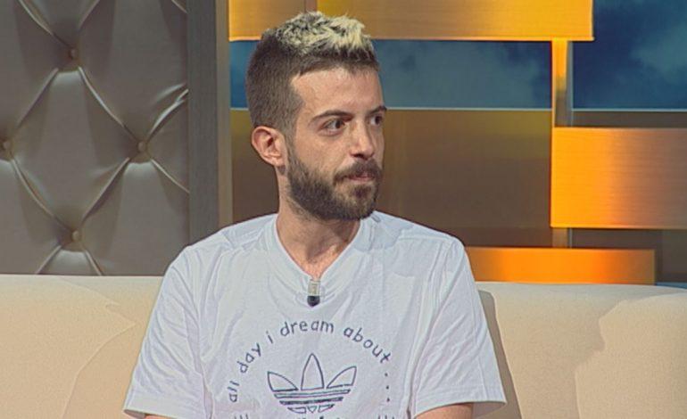 Niko Komani pro photoshopit të VIP-ave: Më pëlqen Ruenca që përflitet për…