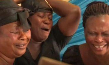 Gratë që fitojnë para duke qarë me porosi në funerale, u shërbejë atyre që nuk mund të qajnë