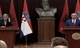 VIZITA NË PRESIDENCË/ Takimi mes dy homologëve, Kitaroviç: Shqiptarët miq me Kroacinë! Dhanë jetën kur...
