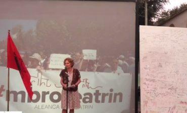 """""""Votimi i ligjit më dëshpëroi""""/ Roza Anagnosti kundër shembjes së Teatrit: Partia ime ka qenë…"""