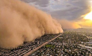 PAMJE APOKALIPTIKE/ Stuhia e rërës rrethon Arizonën, mbyllen aeroportet (FOTO)