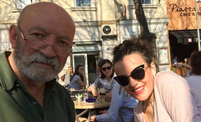 MESAZHI PREKËS/ Disa muaj pas vdekjes së saj, aktori shqiptar merr lajmin se e bija ka fituar …