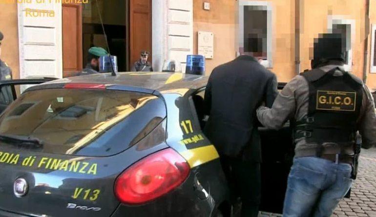 BANDA E DROGËS NË ITALI/ Shqiptari i shpëton policisë. Kishte me vete…