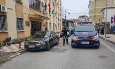 """BANDA """"BAJRI""""/ Blindohet Gjykata e Shkodrës. Ja momenti kur mbërrin Safet Rustemi (VIDEO)"""