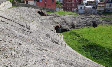 PROJEKT-PROPOZIMI PËR DURRËSIN: Restaurohen shkallët e Amfiteatrit Romak