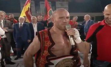 """SUPER NDESHJA/ Gjetan Keta, triumfon """"Tyson-i i Bardhë"""". KAMPION BOTE në BOKS"""