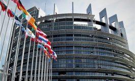 BE: Nëse Facebook nuk respekton rregullat do të penalizohet