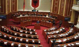 SEANCA PLENARE/ Opozita sërish bojkoton, PS e vetme në Parlamanet