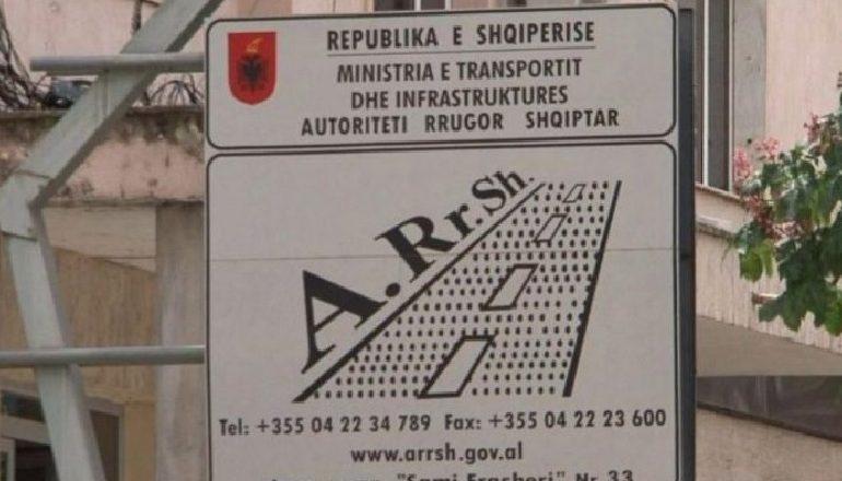 RRUGA TIRANË-ELBASAN/ Abuzimet me tenderat, Gjykata e Apelit nxjerr nga qelia Aksel Qurdukën