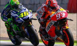 Rossi përgëzon Marquez për titullin: E meriton, ka motorin më të mirë