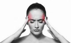 E DINIT? Migrena i vë gratë në rrezik të sëmundjeve të zemrës