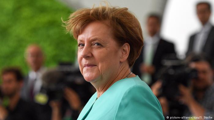 """""""FUSHËBETEJAT"""" E KANCELARES GJERMANE/ Vjeshtë e stuhishme për Angela Merkelit"""