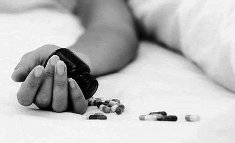 SHMANGET TRAGJEDIA NË LUSHNJE/ Tentoi të VETËHELMOHEJ me ilaçe, 46 vjeçarja shpëtohet nga mjekët