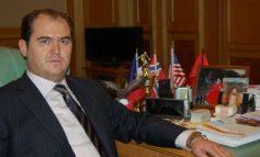 NDRYSHIME NË QEVERI/ Shkarkohet ministri i Brendshëm në Kosovë, ja kush e zëvendëson