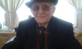 """NË ROLIN E """"HARPAGONIT""""/ Teatri i Korçës rikthen në skenë aktorin 92-vjeçar Koço Qendro"""