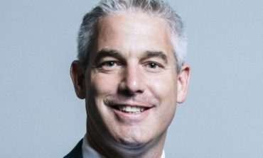 PAS DORËHEQJES SË RAAB/ Steve Barclay emërohet sekretari i ri i Brexit
