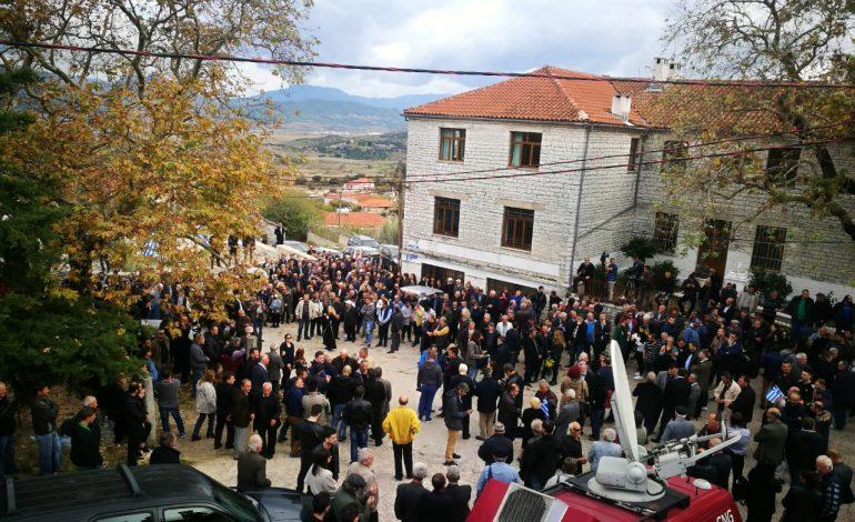 """""""TRAZIRAT"""" QË LA PAS VARRIMI I KATSIFAS/ Shkon në 9 numri i të shoqëruarve grekë në Gjirokastër"""