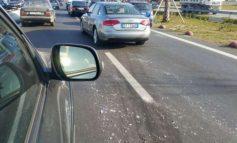 MOTI I KEQ/ Probleme me qarkullimin në disa qarqe, aksidente në Qafë-Thanë dhe tunelin e Elbasanit
