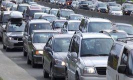 HYN NË FUQI VENDIMI/ Pas 2 dhjetorit ndalohet importi i makinave para 2008-s