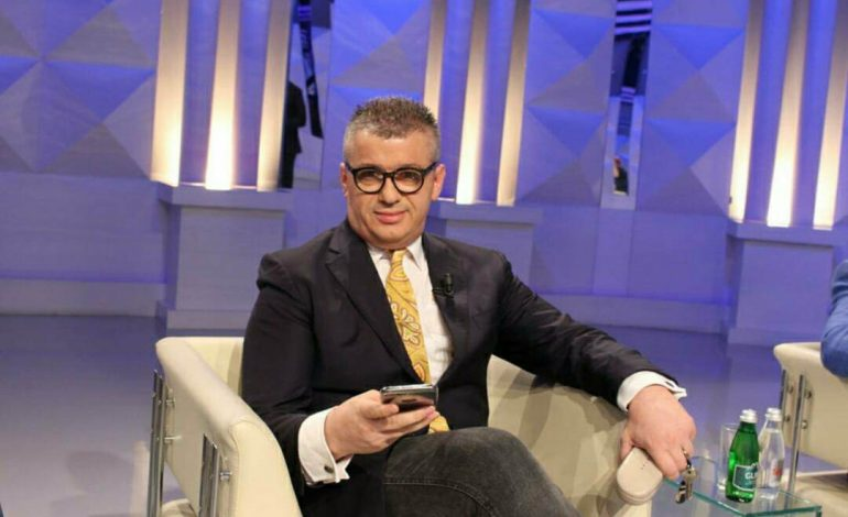 """ALFRED PEZA/ Edi Rama nuk rrëzohet me """"dekrete"""", por me votë!"""