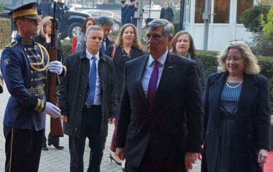 KRIJIMI I FSK/ Kosnett: Është e natyrshme që Kosova të ketë aftësi vetëmbrojtëse