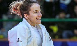 FANTASTIKE XHUDISTJA KOSOVARE/ Distria Krasniqi merr medalje të artë në Kinë