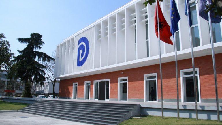VETTINGU NË POLITIKË/ Rrëzohet në komision nisma e PD. Mazhoranca voton kundër