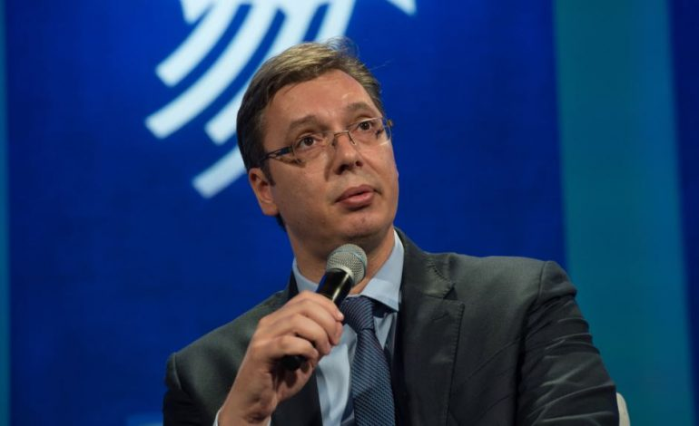 TAKSA 100%/ Vuçiç: Serbia është në situatë të vështirë, por s'më pëlqen fjala luftë