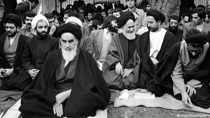 FRONTE TË REJA POLITIKE/ Revolucioni iranian që u kthye në një tmerr