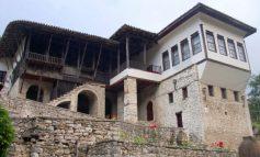 BERAT/ Muzeu Etnografik vendtakimi i të rinjve me historinë