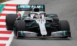 PAS TESTEVE ZYRTARE NË F1/ Hamilton tallet me Ferrarin: Gjithnjë shkëlqejnë në fillim e qajnë në fund