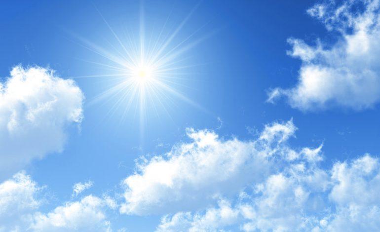 PARASHIKIMI I MOTITI/ E hënë, 11 shkurt: Rikthehen reshjet e shiut, temperaturat vijojnë të…