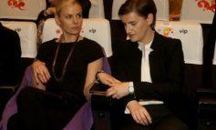 MOS U HABISNI/ Bashkëshortja e kryeministres serbe sjell në jetë një djalë