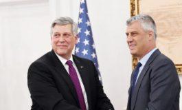 """""""TAKSA 100%""""/ Thaçi takim """"kokë më kokë"""" me ambasadorin e SHBA"""