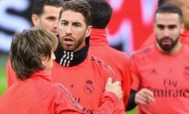 """PAS ZËNKËS ME PEREZIN/ Ramosi mban fjalim për skuadrën e Real Madridit duke i quajtu ca lojtarë: """"Maskarenj..."""""""