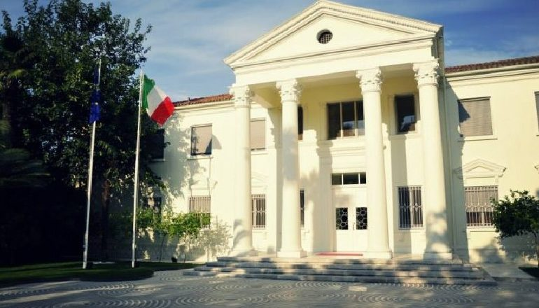 PROTESTA E 16 MARSIT/ Ambasada italiane thirrje qytetarëve: Shmangni grumbullimet, ndiqni…