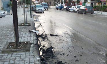 ZJARR NË ORËT E PARA TË MËNGJESIT/ Një tjetër mjet përfshihet nga flakët në Vlorë, dyshohet se...