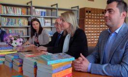 NË FUSHËN E LIBRIT DHE LEXIMIT/ Ministrja Margariti: Memorandum bashkëpunimi me Bashkinë e Elbasanit